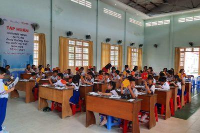 Dạy thử nghiệm chương trình Giáo dục địa phương lớp 2.